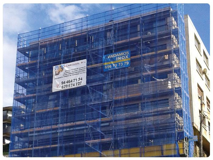 Andamios INOX en fachada Bajada de Ereaga